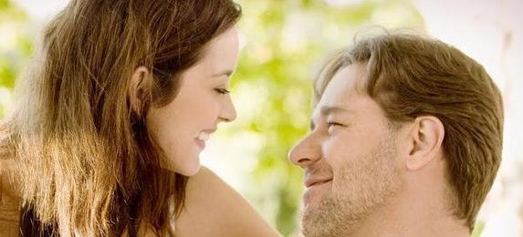 Momento de la película «Un buen año» con Russell  Crowe y Marion Cotillard